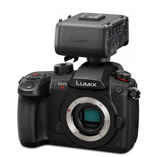Panasonic LUMIX DCGH5SE-K CSC Camera & XLR Adaptor Bundle - NEW