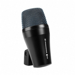 Sennheiser: e902 Dynamic Cardioid Instrument Microphone for Kick Drums, Bass and Guitar-amps